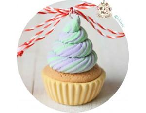 """Martisor Pandantiv """"Pastel Cupcake"""""""