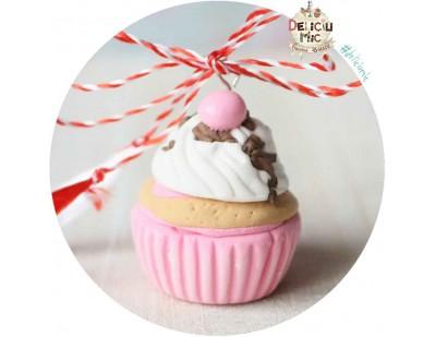 Martisor Pandantiv Cupcake de Capsuni cu vanilie