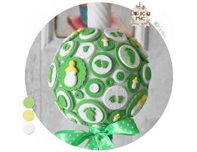 Lumanare botez verde cu biberoane si talpi de bebelus