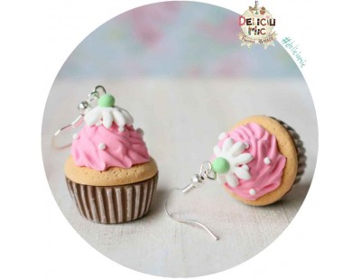 Cercei Cupcake Strawberry Cupcake