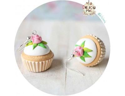 Cercei Cupcake alb cu trandafir roz