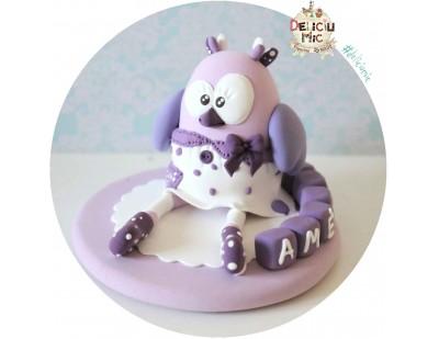 """Figurina de tort """"Bufnita Lila""""  personalizata cu numele bebelusului scris pe cuburi colorate"""