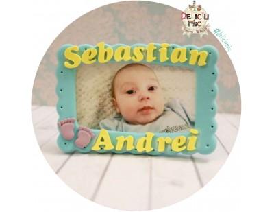 Marturie rama foto turcoaz - cu talpi de bebe lila si litere galbene