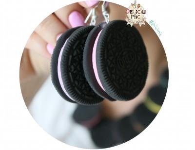 Cercei handmade biscuiti Oreo cu crema de capsuni
