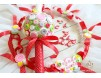 Lumanare de botez cu nasturei si panglica rosie cu buline albe