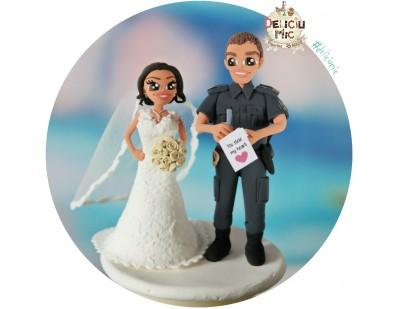 Figurine tort Nunta - Mireasa primeste amenda de la Mirele Politist