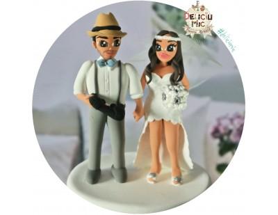 Figurine Tort Nunta  - Mirele cu Palarie si Maneta de Playstation