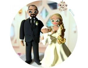 Figurine de tort 2 in 1: Nunta & Botez - Mire, Mireasa & Bebe