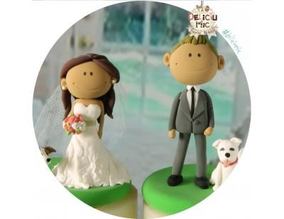 Figurina de tort Mire, Mireasa Smiley & 2 catei