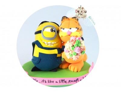 Figurina tort Nunta Mirele Minion si Mireasa Garfield