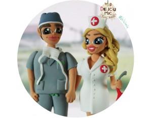 "Figurine de tort ""Doctor si Asistenta Medicala"""