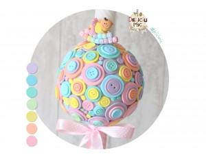 Lumanare de botez cu nasturei pastel si magnet personalizat cu numele bebelusului
