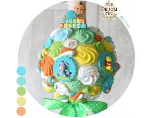 Lumanare de botez Winnie the Pooh cu bezele si marshmallows multicolore