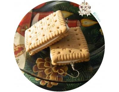 Cercei handmade - Biscuiti XXL umpluti cu crema de vanilie