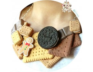 Colier handmade din Dulciuri - biscuiti din pasta polimerica