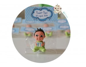 "Marturie botez ""Cute Baby"" personalizata cu o placuta cu initialele numelui"
