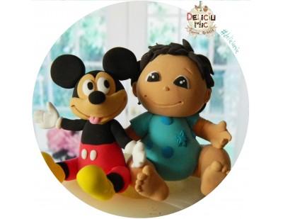 Figurina de tort pentru copii  - baietel alaturi de Mickey Mouse