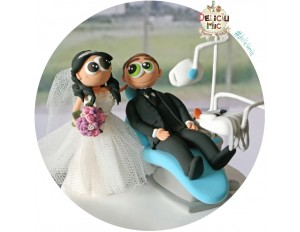 Figurine de tort pentru nunta -Unit dentar bleo, Mireasa Medic Stomatolog si Mirele pacient