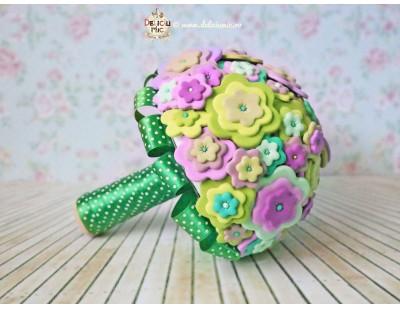 Buchet de Cununie Civila - floricele din pasta polimerica in nuante de roz si verde