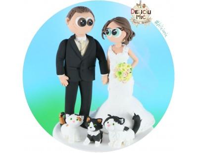 Figurine de tort pentru nunta - Mirii si cele 3 pisicute