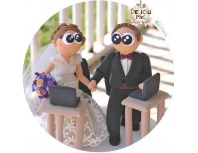 Figurine de tort pentru nunta - Mirii IT-isti