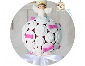 Lumanari de botez pentru fete cu nasturei albi si fundite roz