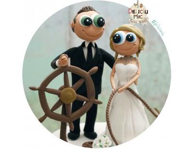 Figurine Tort Nunta Mirele capitan de vas, cu timona si sfoara marinareasca