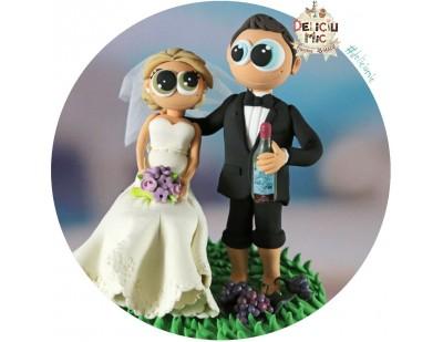 Figurine de tort Mire si Mireasa iubitori de vin