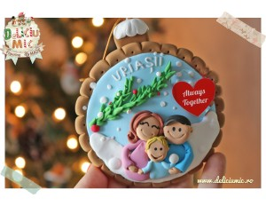 Glob personalizat pentru brad - o familie fericita