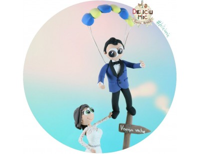 Figurine Tort Nunta - Mirele Parasutist aterizeaza la Vama Veche