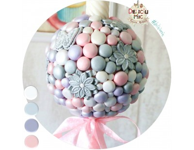 Lumanare de botez cu flori si perle sidefate - roz, lila, alb si argintiu