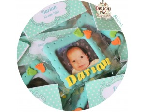 Marturii rame foto - cu talpi de bebe portocalii & verzi si litere galbene