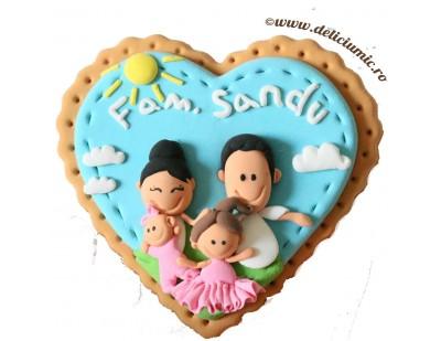 Magneti personalizati pentru familii, decorati cu imaginea cuplului si a fetitei