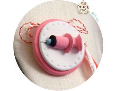 Martisor Brosa handmade Seringa roz