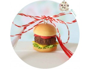 "Martisor Medalion ""Hamburger"""