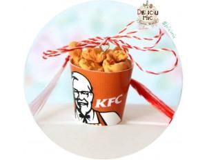 """Martisor Medalion """"KFC Bucket"""""""