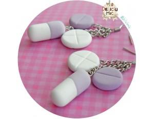 Cercei 3 pastile in nuante de lila si alb