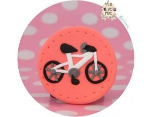 Brosa Bicicleta alba pe cerculet corai
